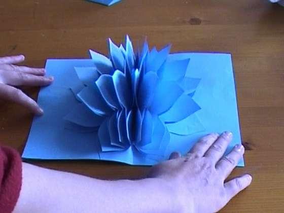 Открытка с объёмными цветами своими руками