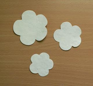 Открытка своими руками из белой бумаги